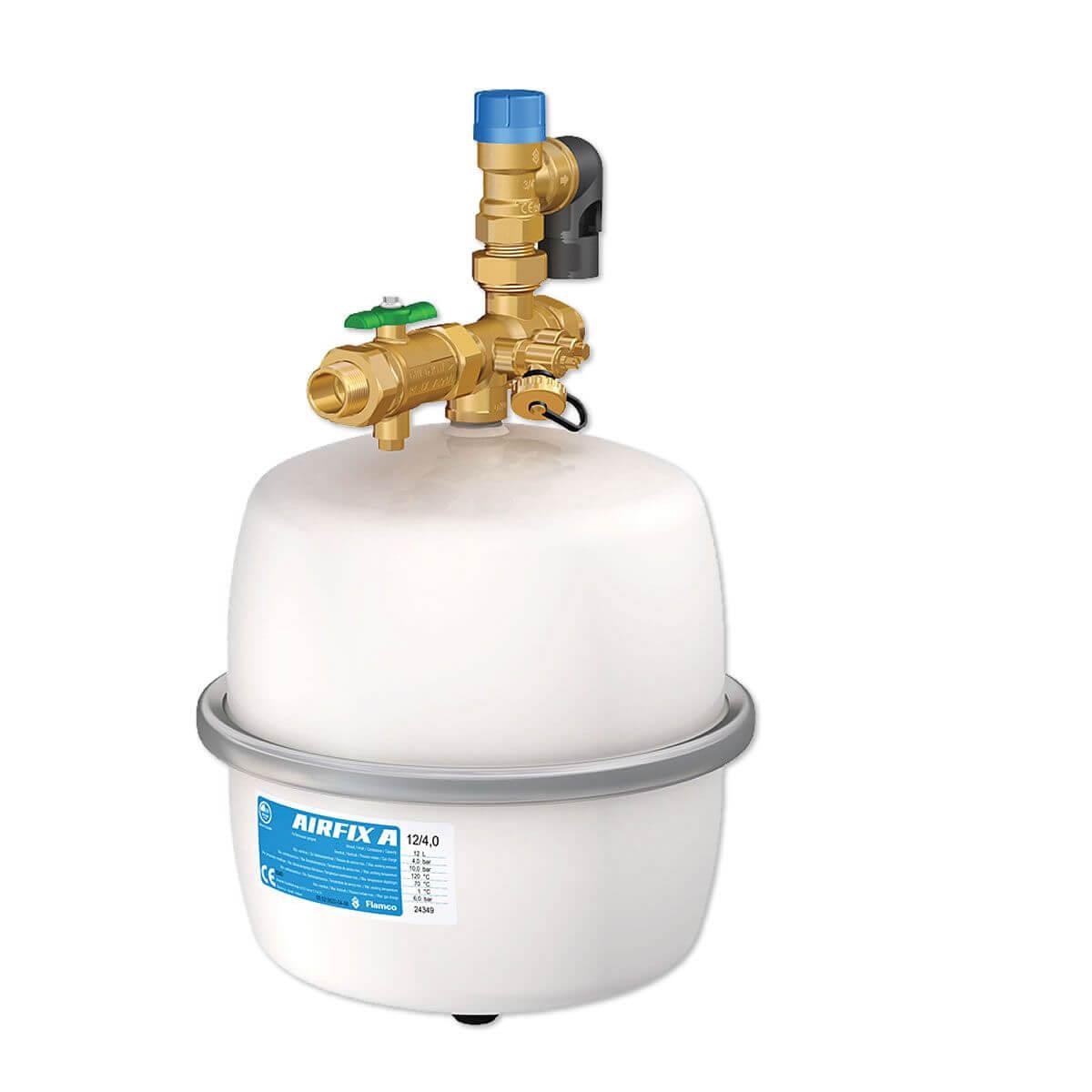 ausdehnungsgef airfix f r trinkwasser 12 liter sicherheitsventil 6 bar mit flamco securfix. Black Bedroom Furniture Sets. Home Design Ideas